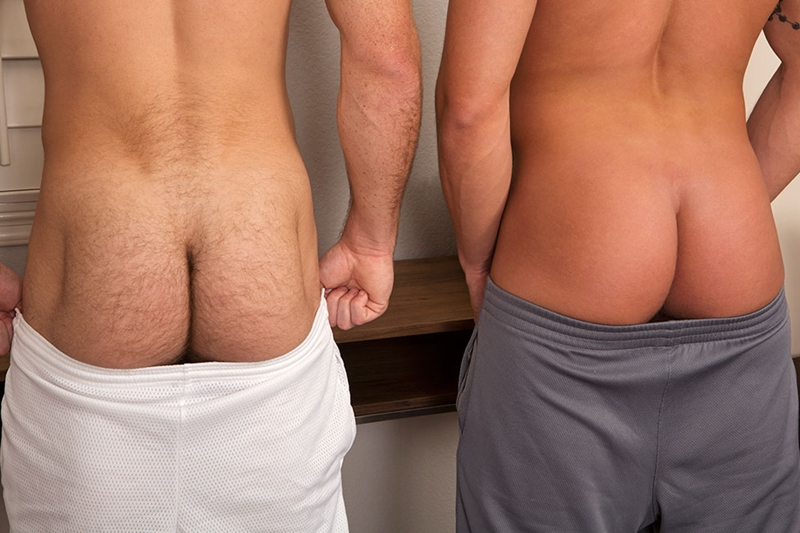SeanCody-Sexy-tattooed-muscle-hunk-Duncan-Oliver-hairy-ass-hole-bubble-butt-tight-asshole-bareback-raw-fucking-003-tube-download-torrent-gallery-sexpics-photo