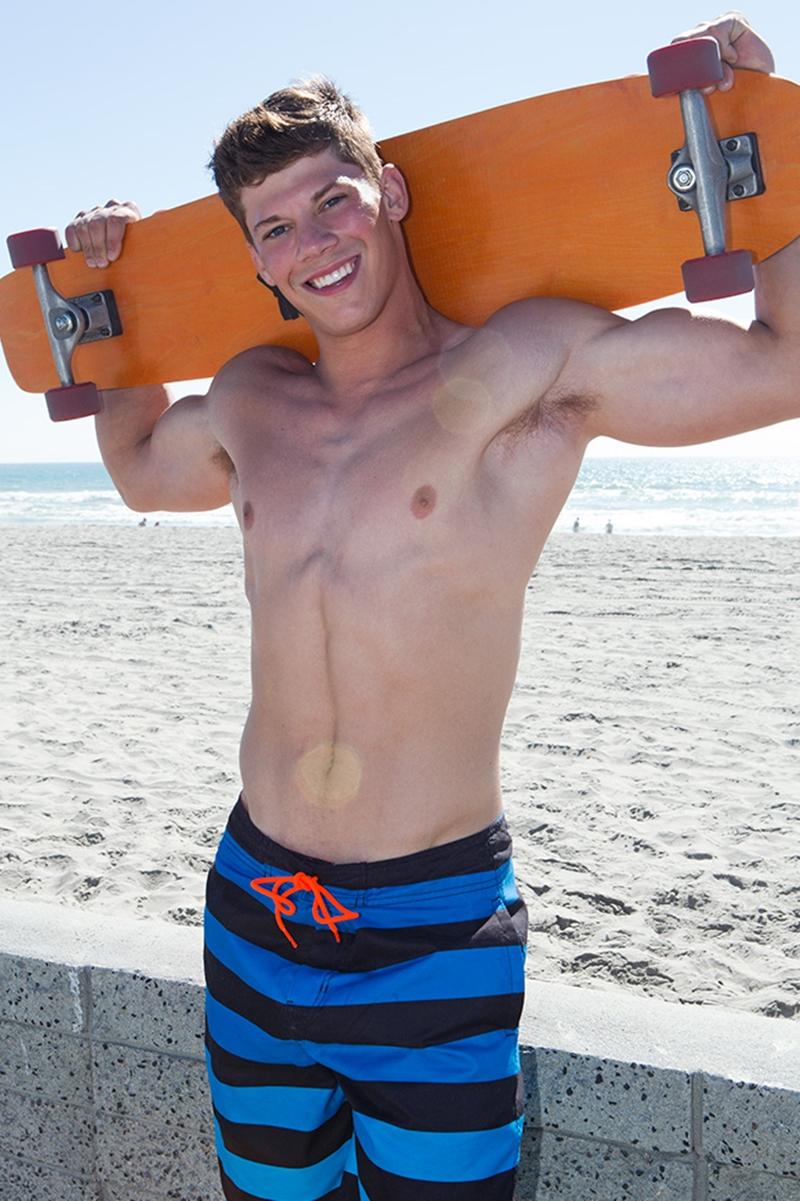 SeanCody-Simon-skateboarder-barefoot-six-pack-abs-mushroom-dickhead-bubble-butt-tan-muscle-boy-sexy-solo-jerk-off-002-tube-video-gay-porn-gallery-sexpics-photo