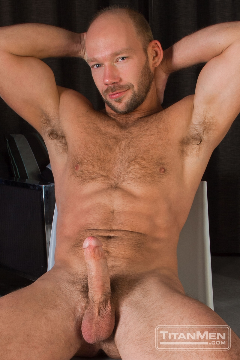 mike king huge load gay