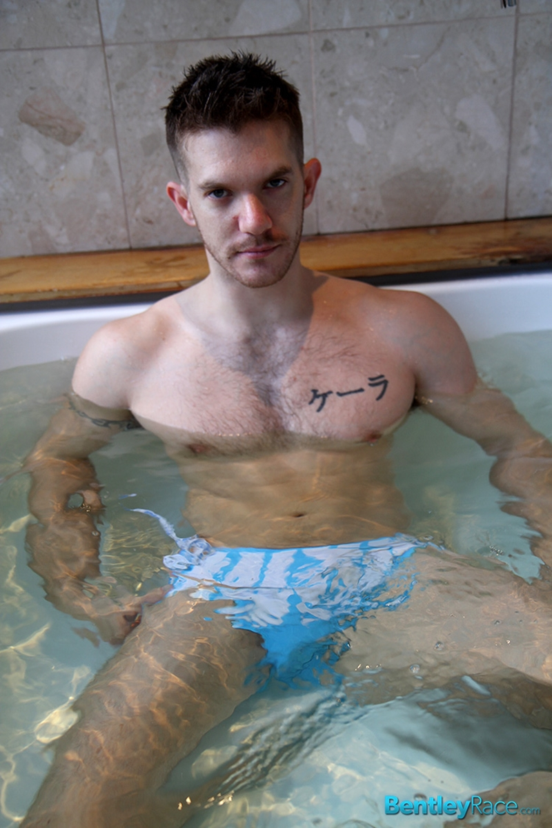 BentleyRace-sexy-Aussie-guy-Skippy-Baxter-solo-model-stark-bollock-naked-water-bath-tub-stroking-large-cock-011-tube-video-gay-porn-gallery-sexpics-photo