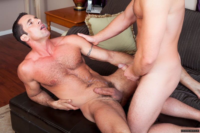 IconMale-Connor-Maguire-girlfriend-straight-men-Nick-Capra-blowjob-cocksucking-rock-hard-suck-big-cock-fucking-him-017-tube-video-gay-porn-gallery-sexpics-photo