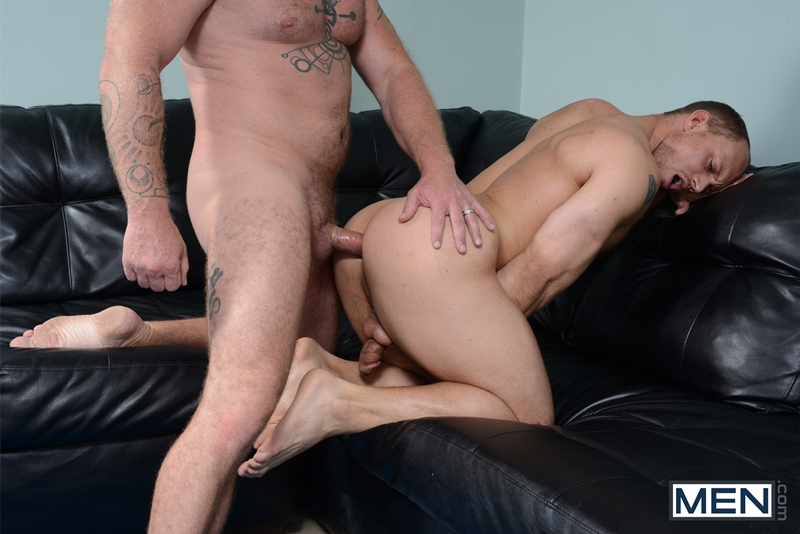 Men-com-Charlie-Harding-fucks-John-Magnum-large-dick-straight-men-fingering-asshole-drops-pants-tongue-rock-hard-cock-011-tube-video-gay-porn-gallery-sexpics-photo