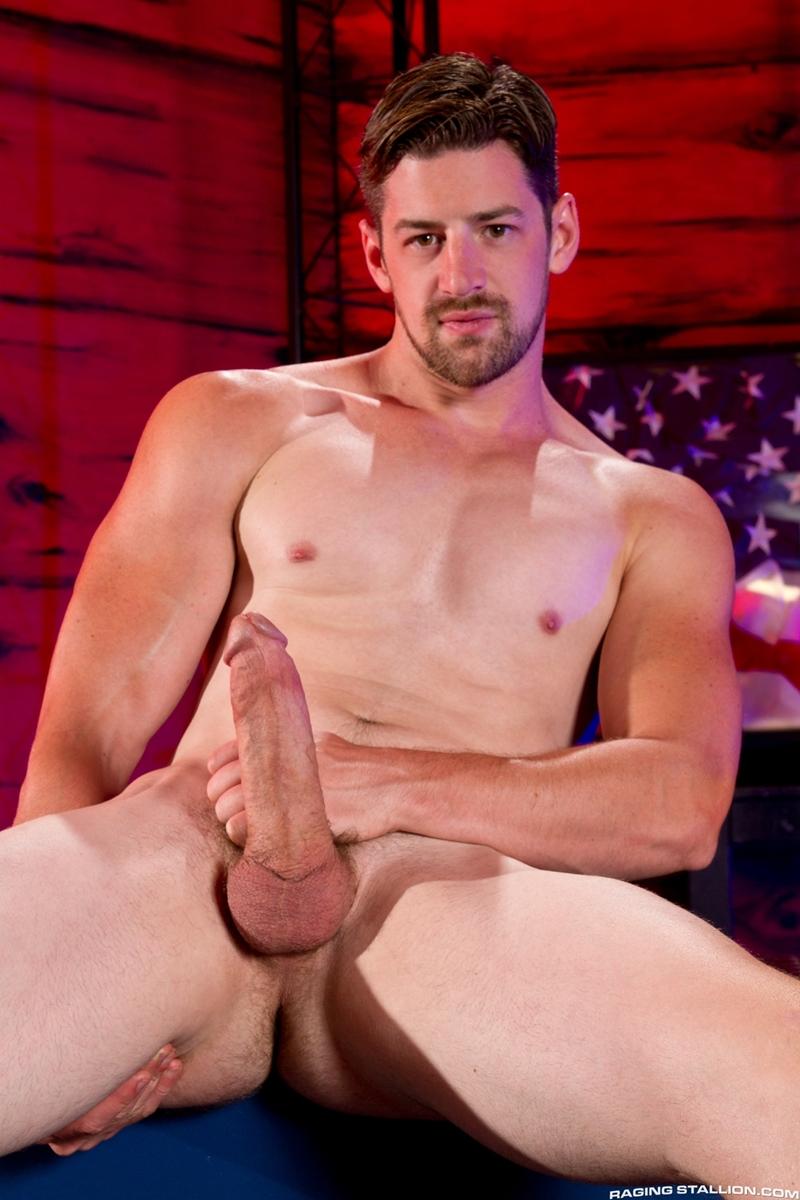 Brent Corrigan Deep Throats Andrew Starks Huge Dick  Men For Men Blog -7378