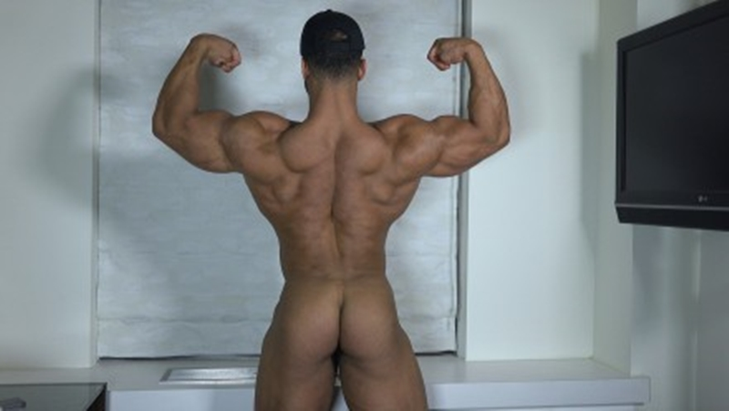 TheGuySite-muscleman-Ty-bodybuilding-stud-shower-muscled-thighs-long-uncut-dick-huge-arms-built-hunk-002-tube-video-gay-porn-gallery-sexpics-photo