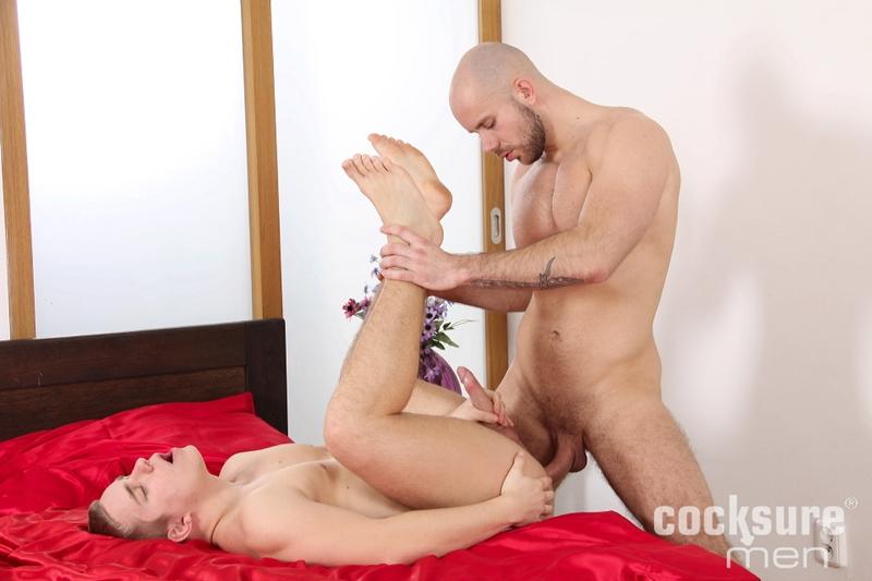 CocksureMen-Alex-Bach-Karl-Rossi-uncut-boner-fucks-big-raw-cock-rims-hole-cums-ass-cheeks-hot-bareback-sex-muscle-men-009-tube-video-gay-porn-gallery-sexpics-photo