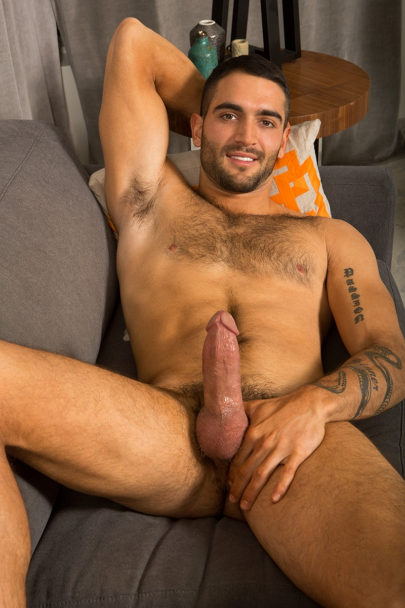 Hairy Chested Muscle Hunk Kelvin Strips Off Down To His -3502