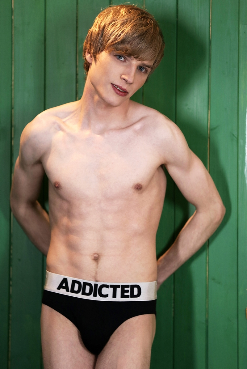 Staxus-Hector-Agusti-black-sexy-hunk-white-boys-Erik-Franke-Yuri-Adamov-uncut-cock-handsome-stud-naked-boys-jizz-jerking-boy-cum-load-002-gay-porn-video-porno-nude-movies-pics-porn-star-sex-photo