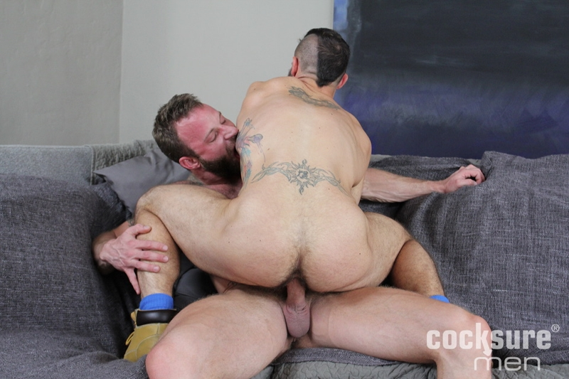 Sexy Jock Blows Load After Fucking Tight Ass