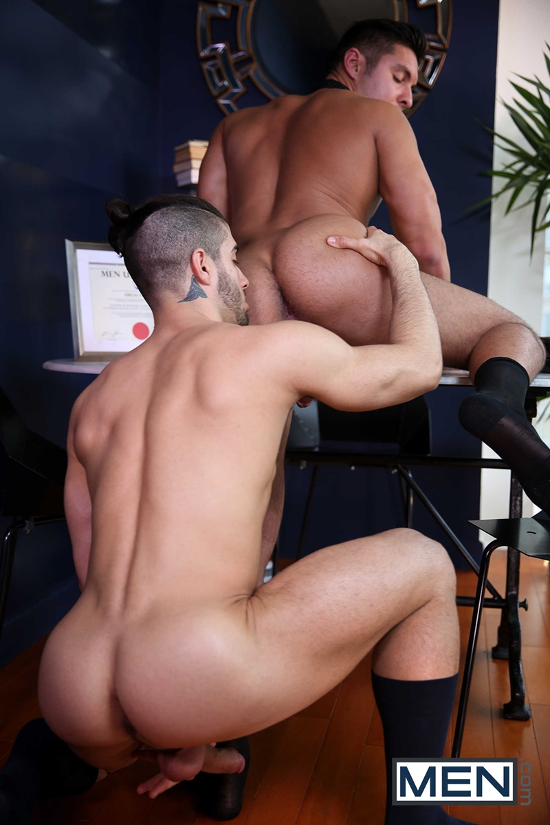 Diego Sans Pounds Seth Santoros Ass With His Meaty Cock -1499