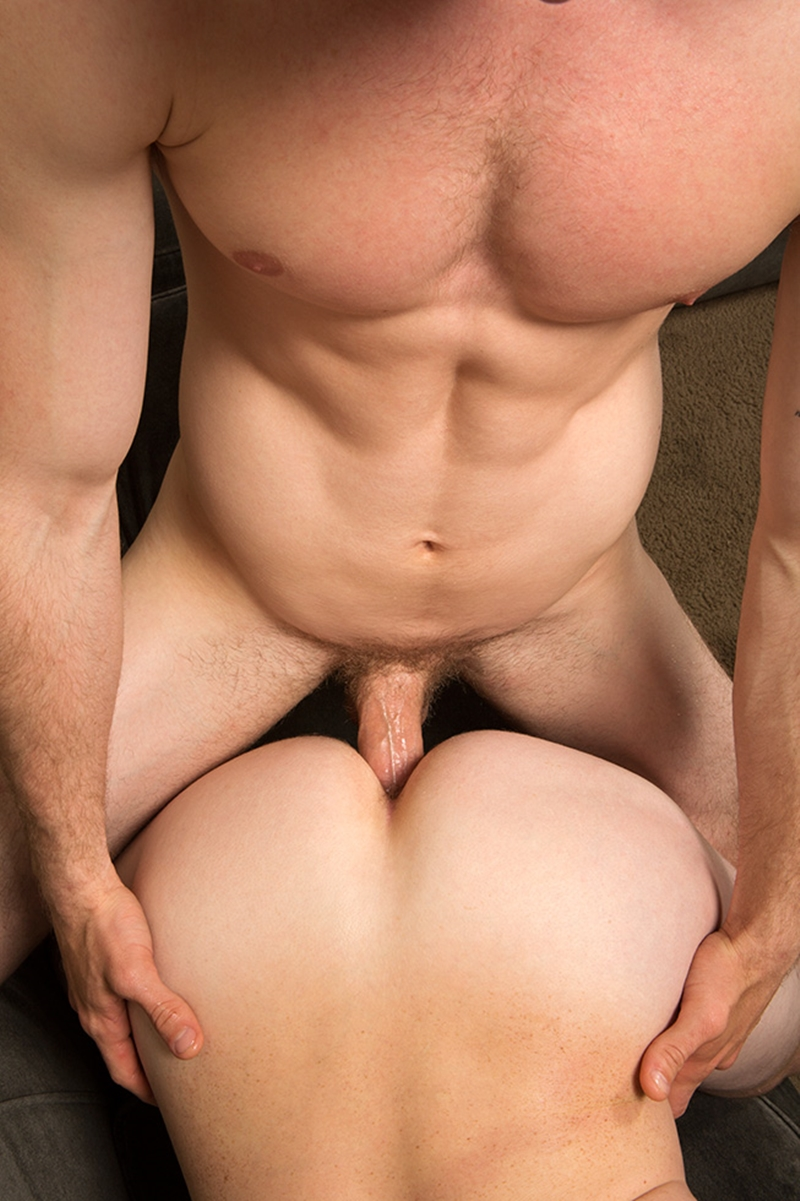 Hunk fingers raw ass hole