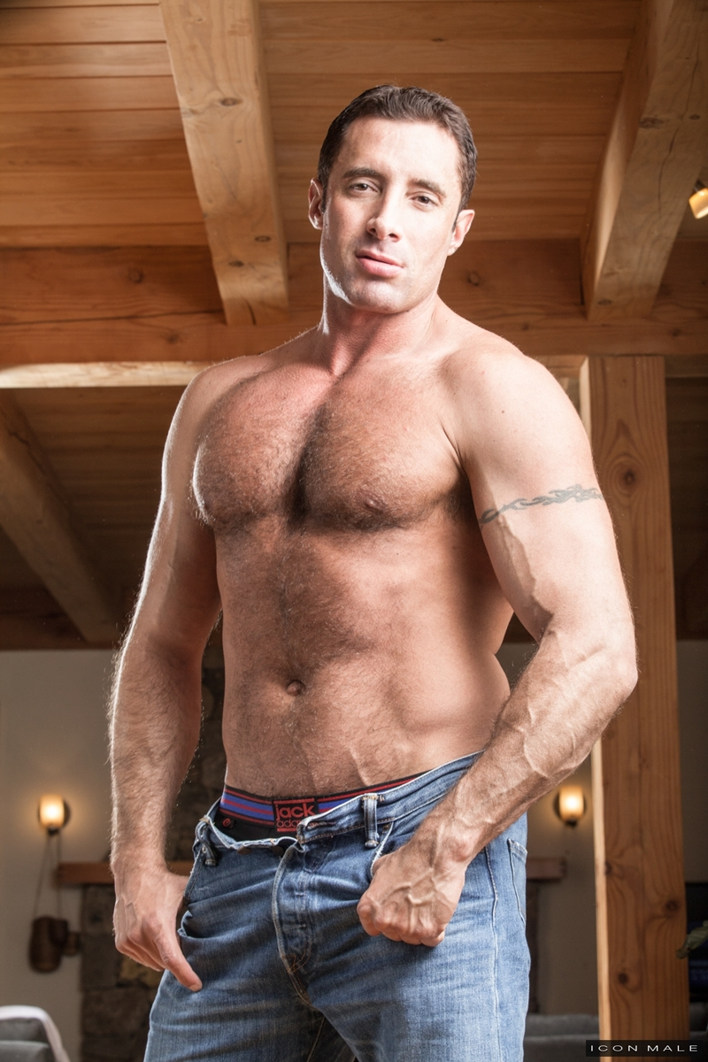 Jd Phoenix Playing Submissive To The Older Man Nick Capra -1669