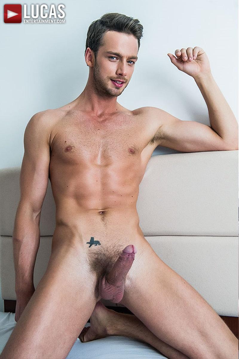 from Kole hunk turn gay