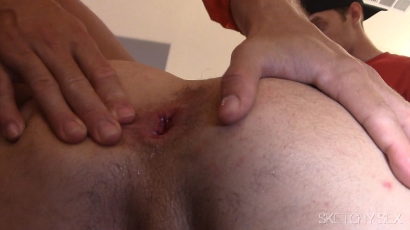 filling a stretched hole with piss and fists XTube Porn