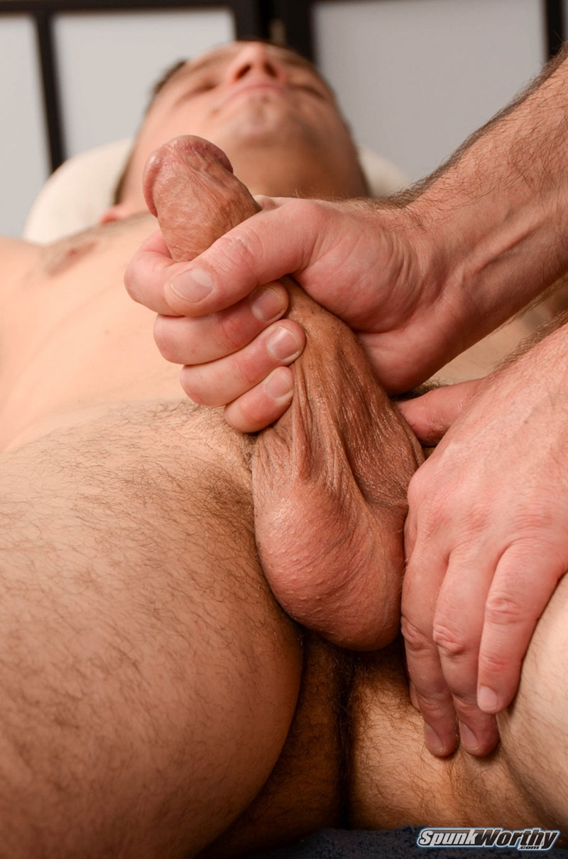 Straight guy massage pops woody happy ending 10