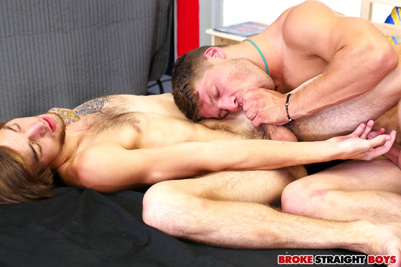 BrokeStraightBoys-Newbie-bareback-Draven-Caine-Zander-Floyd-guys-kissing-oral-sex-doggy-style-bareback-tight-ass-fucks-raw-sucking-dick-24-gay-porn-star-sex-video-gallery-photo