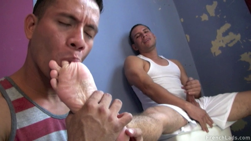 Sleazy Sneaker Worship By Latino Studs - Sexy Guy Gay Porn -4857