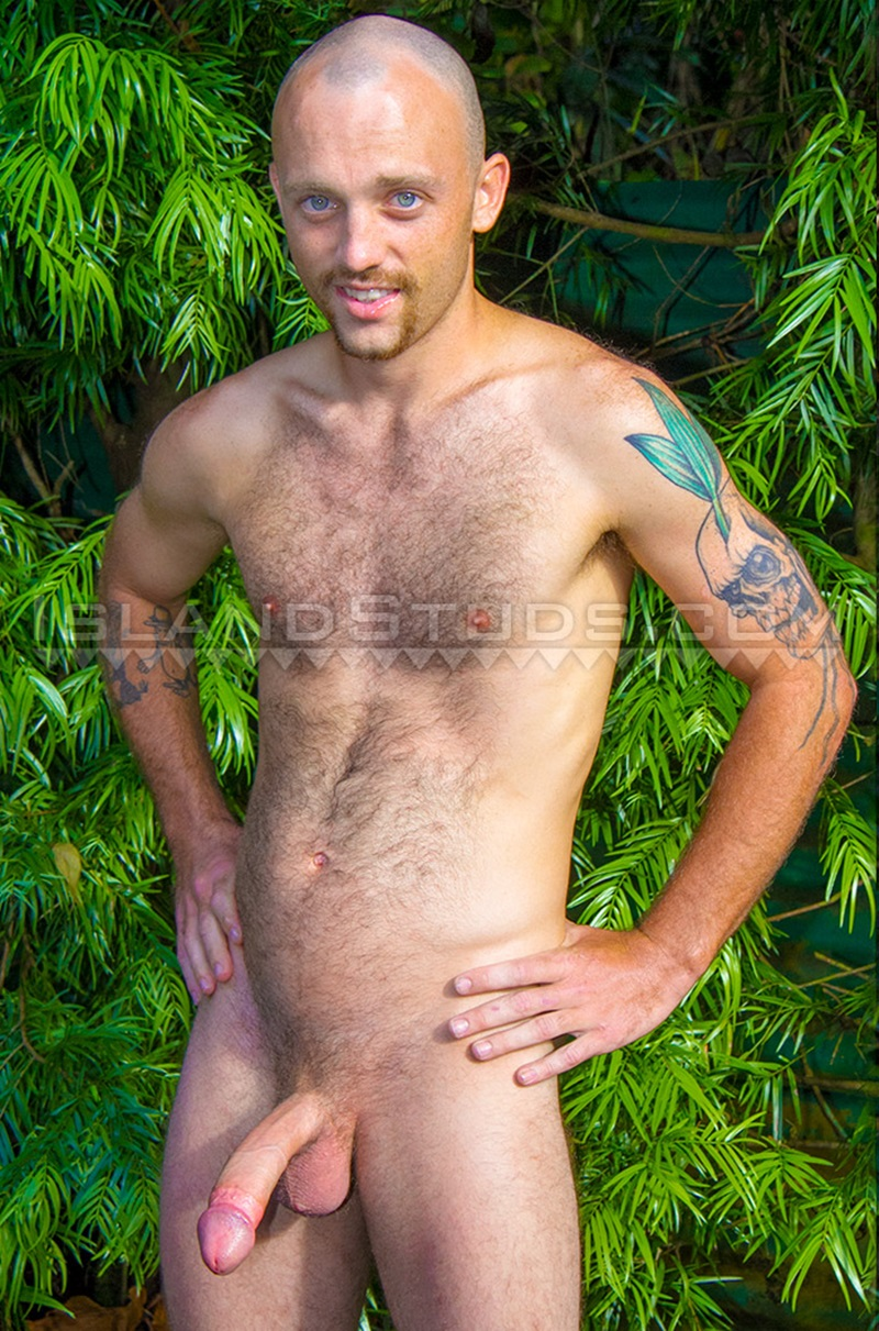 IslandStuds-Hairy-Harvey-sexy-25-year-old-California-skater-massive-9-inch-cock-shaved-head-skates-nude-jerking-balls-hairy-butt-crack-03-gay-porn-star-tube-sex-video-torrent-photo