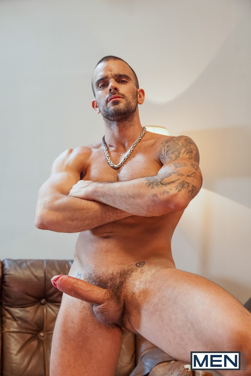 Damien Crosse Holds Onto Pierre Fitchs Head As He Rams His Cock Into -5065