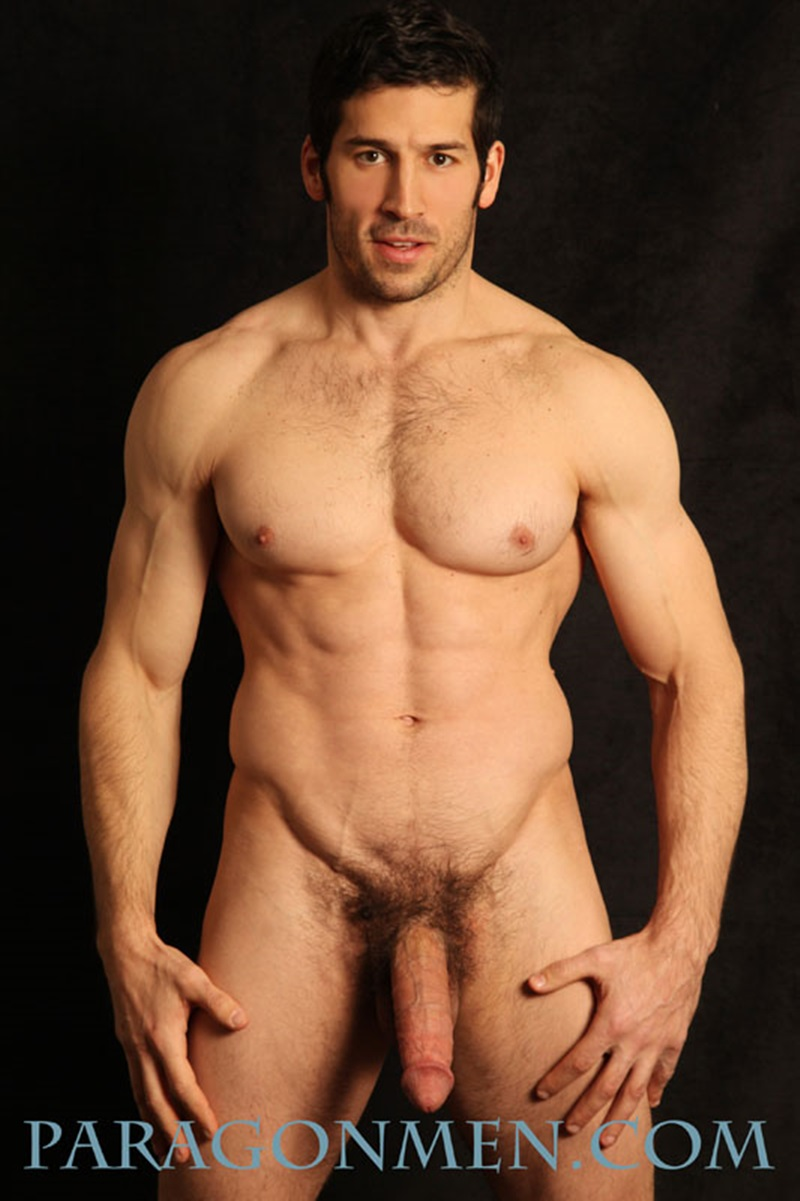 Sexy Naked Muscle Dude Leo Giamani Strips Naked For -3595