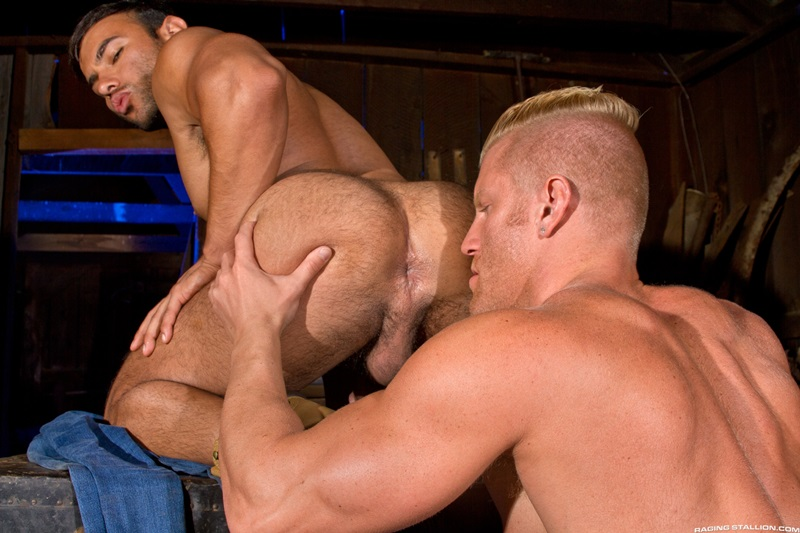 RagingStallion-nude-Muscle-hunk-Johnny-V-muscled-stud-Dorian-Ferro-sucks-huge-cock-smooth-tight-ass-fucking-rimming-cocksucking-bubble-butt-01-gay-porn-star-tube-sex-video-torrent-photo