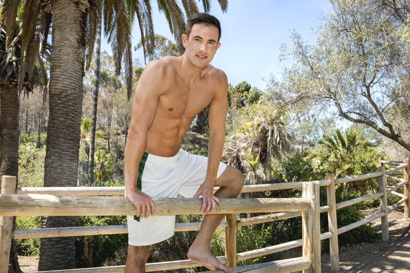 SeanCody-Sexy-young-muscle-dude-Stanley-shorts-ankles-ripped-six-pack-abs-hairy-legs-chest-hair-stubble-muscular-big-dick-wanks-02-gay-porn-star-sex-video-gallery-photo