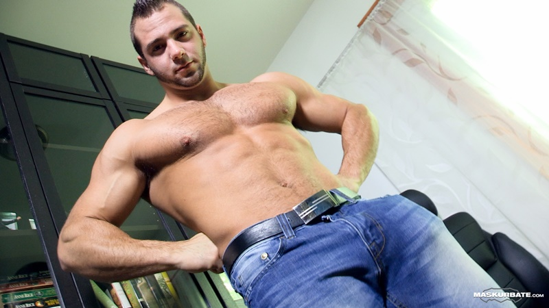 Maskurbate-sexy-big-muscle-hunk-JP-massive-thick-uncut-dick-sucked-dude-blowjob-Pascal-foreskin-hairy-chest-asshole-ripped-abs-001-gay-porn-tube-star-gallery-video-photo