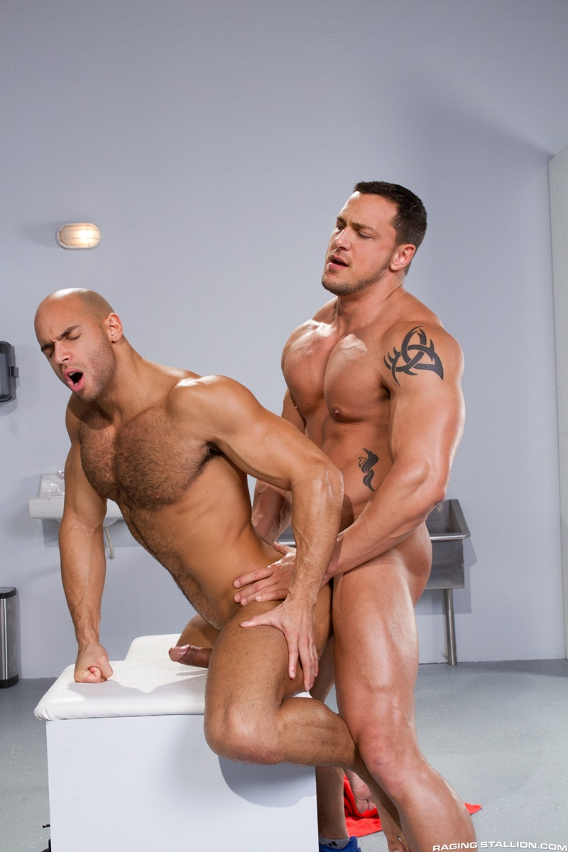Has sexy porn muscle has