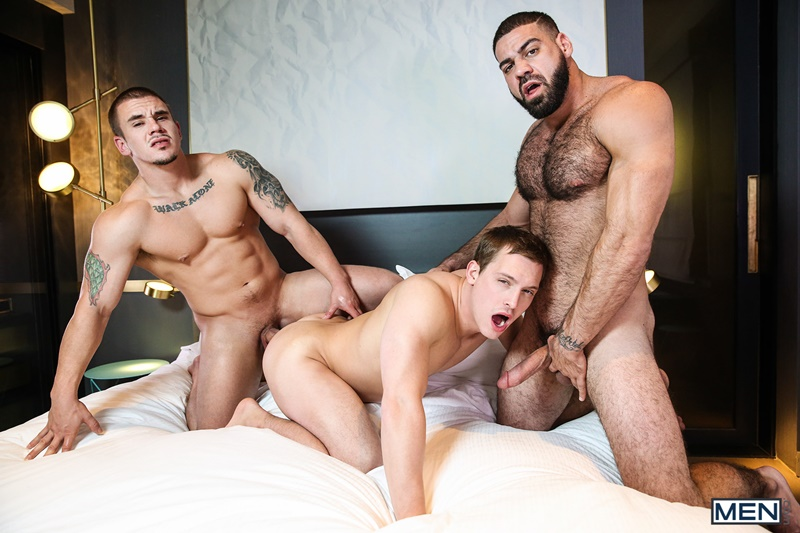 Men-com-Straight-naked-guys-Adam-Bryant-Ricky-Larkin-Tommy-Regan-tag-team-hot-butt-fucking-ass-anal-rimming-sexy-young-men-cocksucker-018-gay-porn-sex-gallery-pics-video-photo