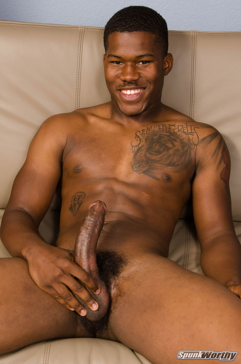 Big Black Married Muscle Dude Aj Jerks His Huge Dick To A Massive Cumshot  Men For -7890