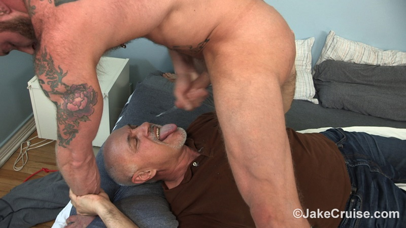 JakeCruise-sexy-naked-muscle-tattoo-stud-Derek-Parker-Cocksure-Men-sucked-big-thick-dick-cocksucker-older-mature-jake-cruise-anal-rimming-019-gay-porn-sex-gallery-pics-video-photo