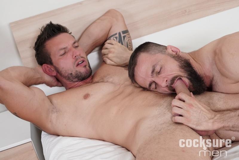 cocksuremen-sexy-muscle-hunk-marek-tanker-bareback-anal-fucking-daddy-stan-simons-tight-asshole-cocksucker-naked-men-004-gay-porn-sex-gallery-pics-video-photo