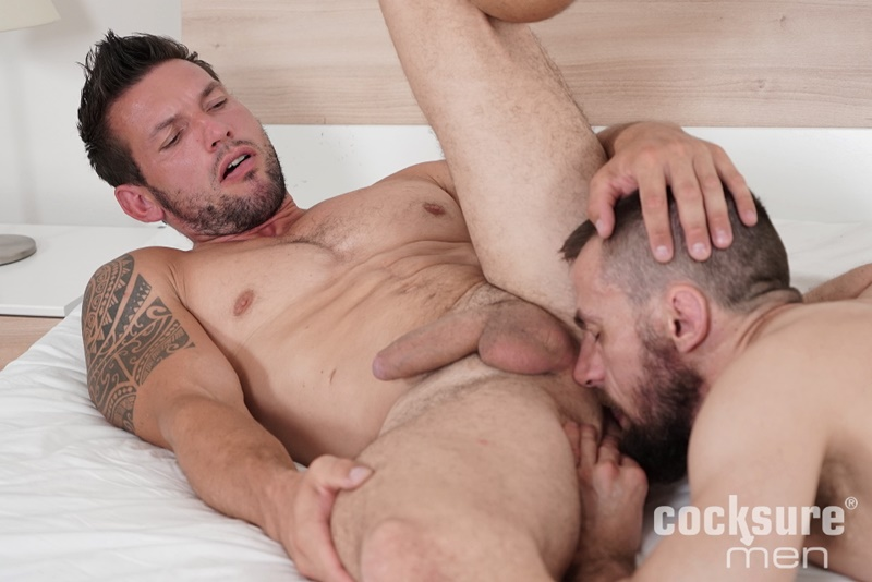 Horny Hunks In Take A Break Alley
