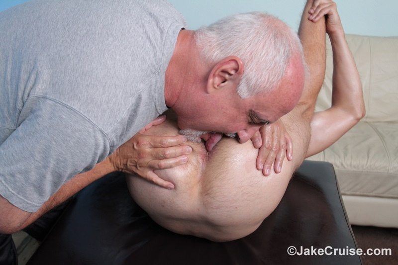 jakecruise-sexy-naked-men-big-thick-cock-guy-holiday-massage-cocksucking-assplay-hairy-asshole-blonde-hair-hunk-018-gay-porn-sex-gallery-pics-video-photo