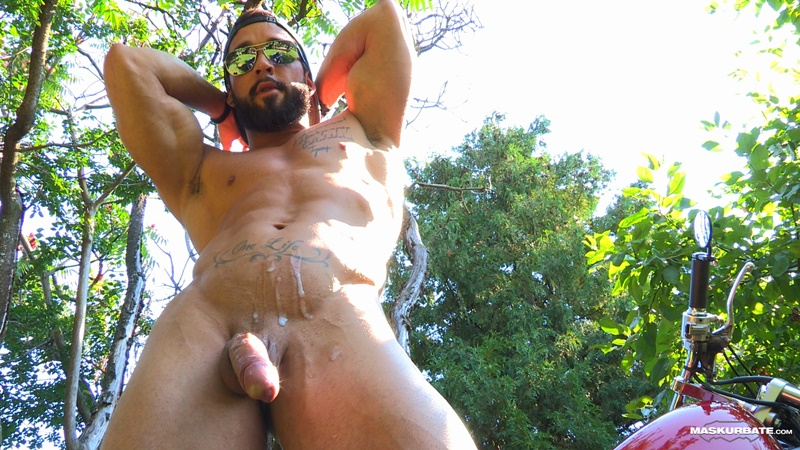 maskurbate-ripped-naked-big-muscle-man-zack-huge-thick-long-dick-solo-jerk-off-cumshot-sexy-muscled-hunk-beard-facial-hair-ripped-abs-015-gay-porn-sex-gallery-pics-video-photo