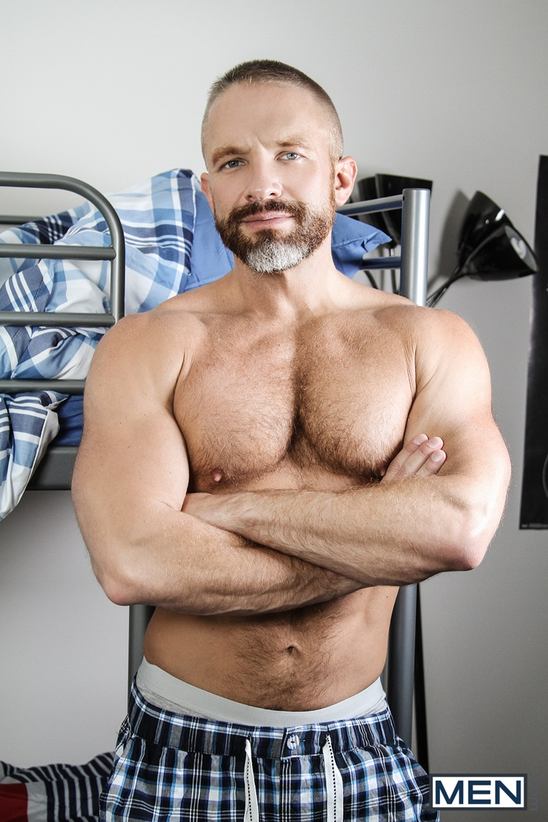 men-com-young-smooth-stud-vincent-diaz-ass-fucked-dirk-caber-huge-thick-manly-older-mature-dick-bubble-ass-ripped-six-pack-abs-anal-assplay-004-gay-porn-sex-gallery-pics-video-photo