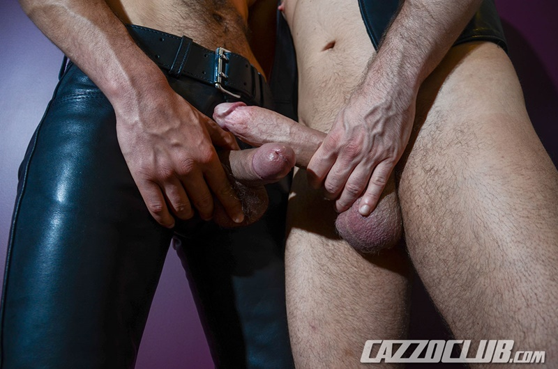 cazzoclub-naked-pig-fisting-bottom-ashley-ryder-horny-top-nico-lust-hairless-pink-ass-open-asshole-gaping-cunt-rosebud-swollen-011-gay-porn-sex-gallery-pics-video-photo