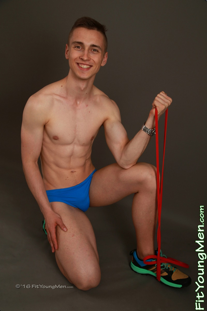 fityoungmen-sexy-naked-speedo-sportsmen-boys-ivan-crowley-gym-19-years-old-straight-young-dudes-tight-underwear-men-bulge-crotch-001-gay-porn-sex-gallery-pics-video-photo