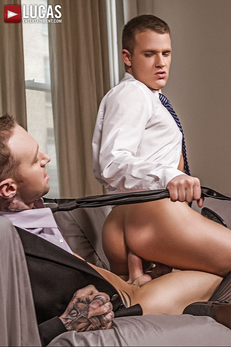 Gay hunk gets mouth and ass pounded 3