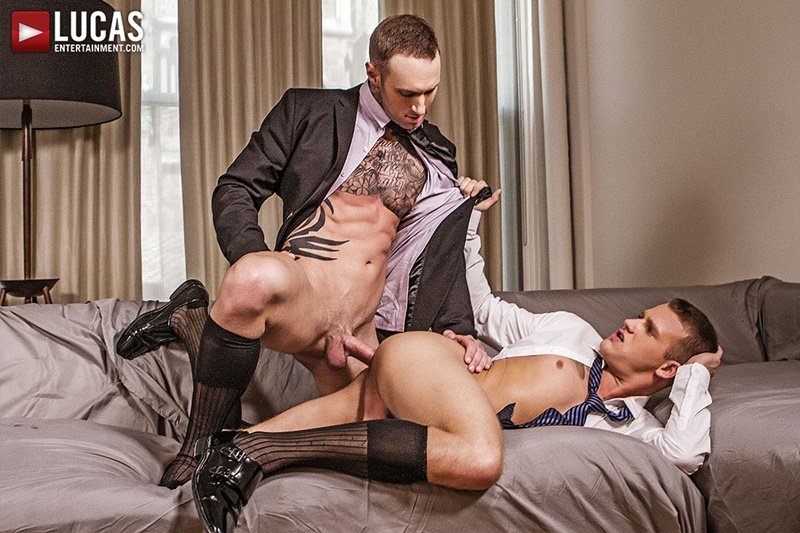 Alpha male gets shoes licked clean by male sub 2