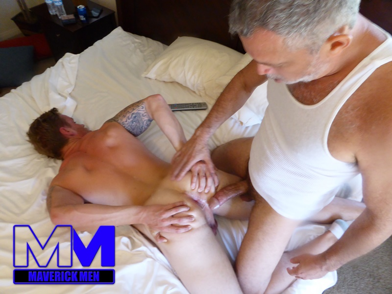 maverickmen-older-naked-mature-gay-guy-sean-fucks-straight-man-dax-cum-asshole-jizz-bareback-ass-fucking-anal-rimming-001-gay-porn-sex-gallery-pics-video-photo