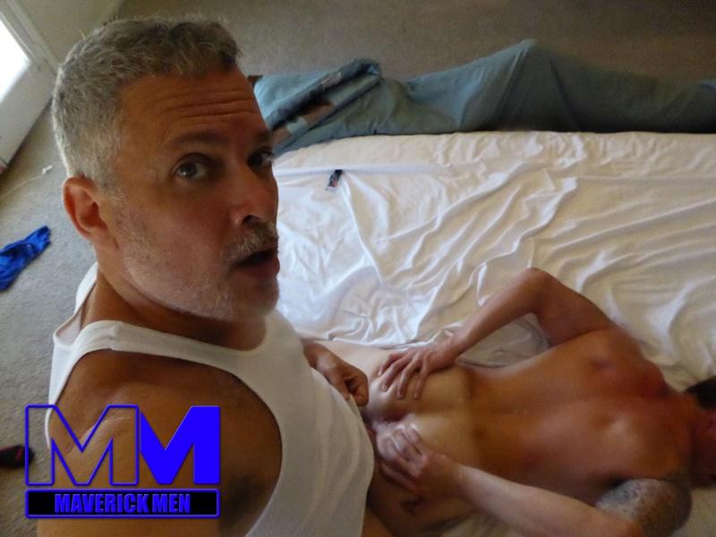 maverickmen-older-naked-mature-gay-guy-sean-fucks-straight-man-dax-cum-asshole-jizz-bareback-ass-fucking-anal-rimming-012-gay-porn-sex-gallery-pics-video-photo