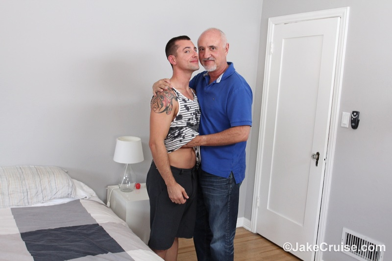 jakecruise-sexy-young-naked-dude-wolfie-blue-big-dick-serviced-older-mature-dude-jake-cruise-big-thick-large-cock-sucking-feet-002-gay-porn-sex-gallery-pics-video-photo