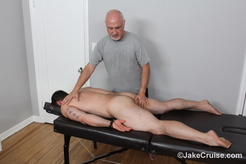 jakecruise-hairy-chest-big-daddy-hunk-jaxton-wheeler-big-cock-massage-jake-cruise-mature-men-older-guys-serviced-massage-004-gay-porn-sex-gallery-pics-video-photo