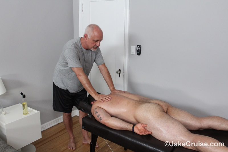 jakecruise-hairy-chest-big-daddy-hunk-jaxton-wheeler-big-cock-massage-jake-cruise-mature-men-older-guys-serviced-massage-006-gay-porn-sex-gallery-pics-video-photo
