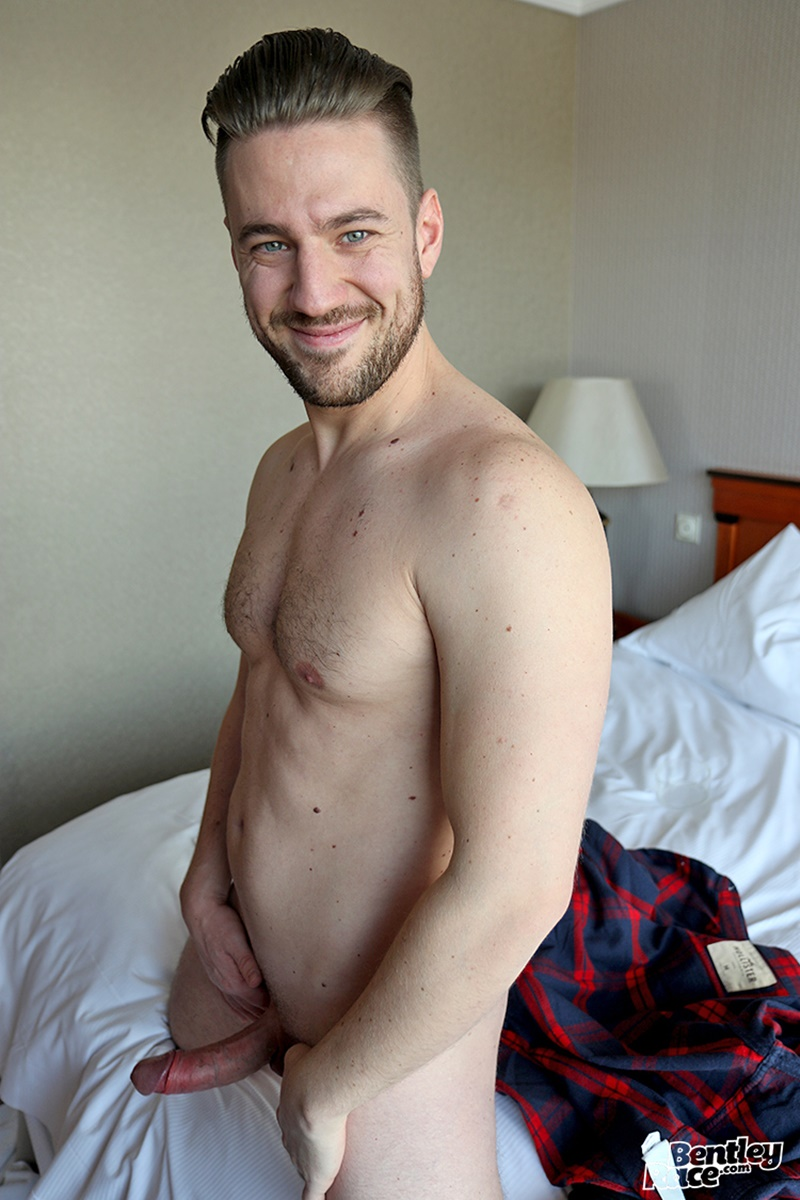 Sexy Young Hungarian Dude Jeffry Branson Strips Naked And -4137
