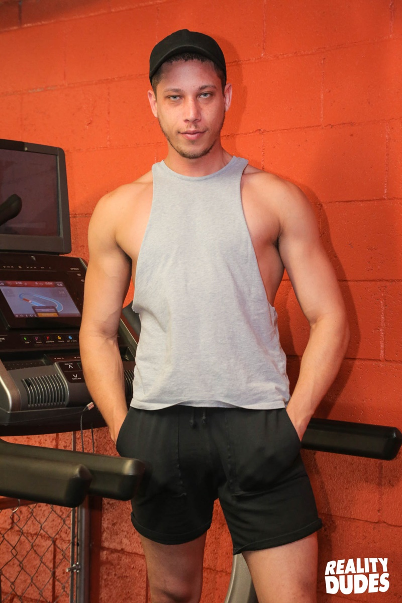 RealityDudes Young muscle dudes interracial gay porn sex Pierce Paris Tony Shore public fuck fest gym big dick sucking 002 gay porn sex gallery pics video photo - Young muscle dudes Pierce Paris and Tony Shore's public fuck fest in the gym