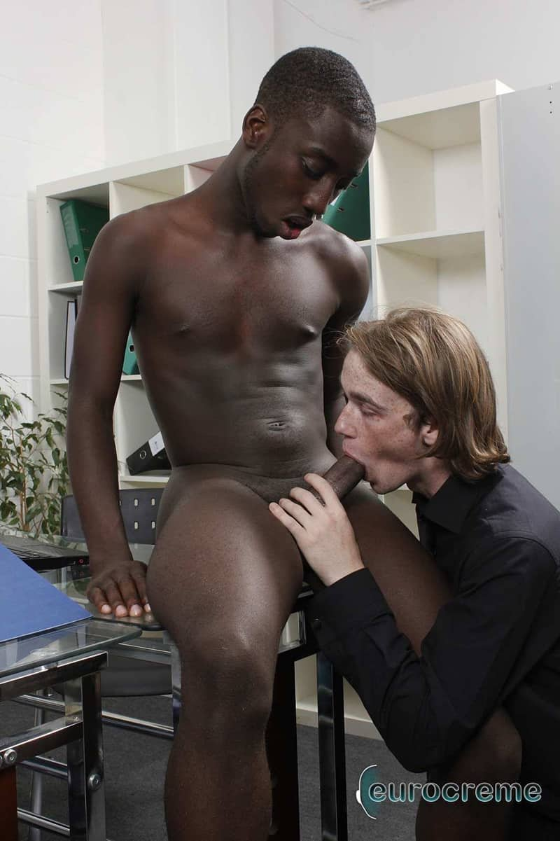 Gay Black Gets That Ass Ready For Anal