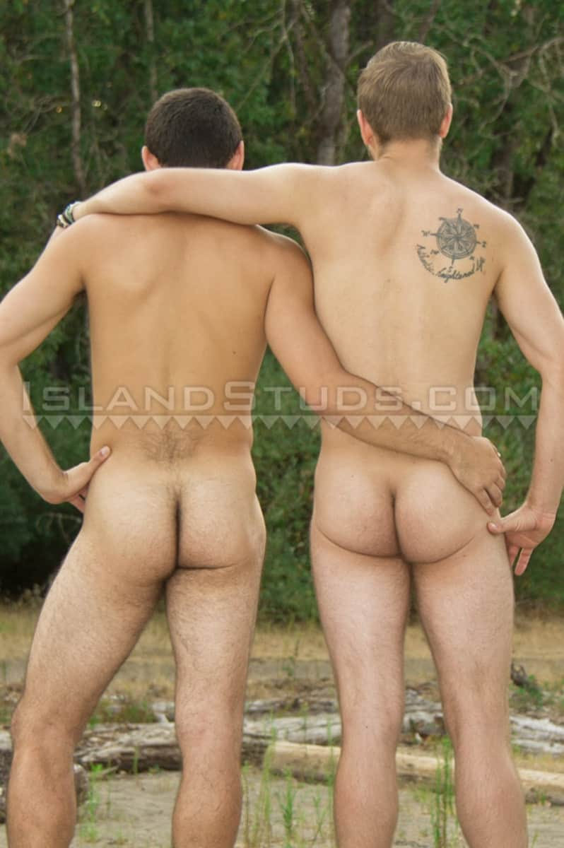IslandStuds Beard hairy chest outdoor gay sex Oregon jocks uncut Andre furry cock Mark mutual jerk off 009 gallery video photo - Bearded totally hairy outdoor Oregon jocks uncut Andre and furry cock Mark in hot duo action