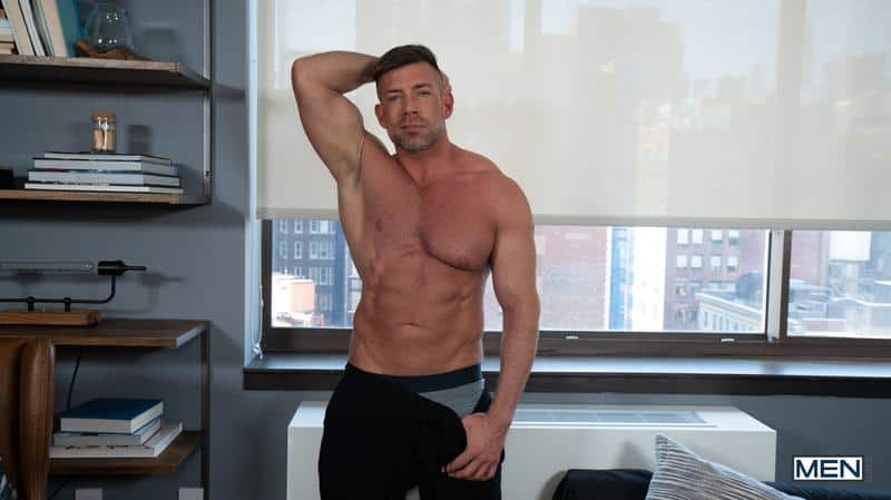House invader Bruce Beckham surprises Ty Mitchell huge dick bare ass fucking 7 gay porn pics - House invader Bruce Beckham's surprises Ty Mitchell with his huge dick bare ass fucking