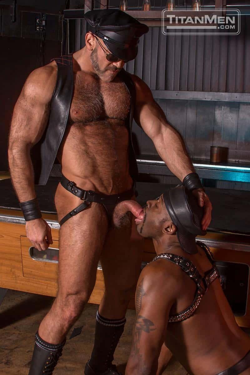Black muscle stud Diesel Washington huge ebony dick fucking hard muscle man Jesse Jackman 6 gay porn pics - Black muscle stud Diesel Washington's huge ebony dick fucking hard muscle man Jesse Jackman
